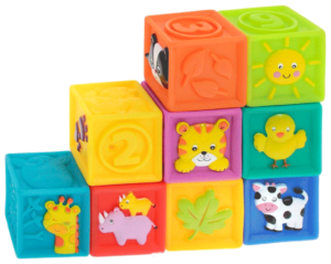 Кубики - развивающие подарки для детей на 1 год