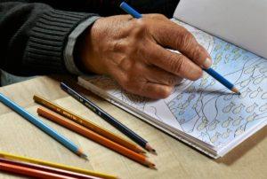 Раскраска с карандашами